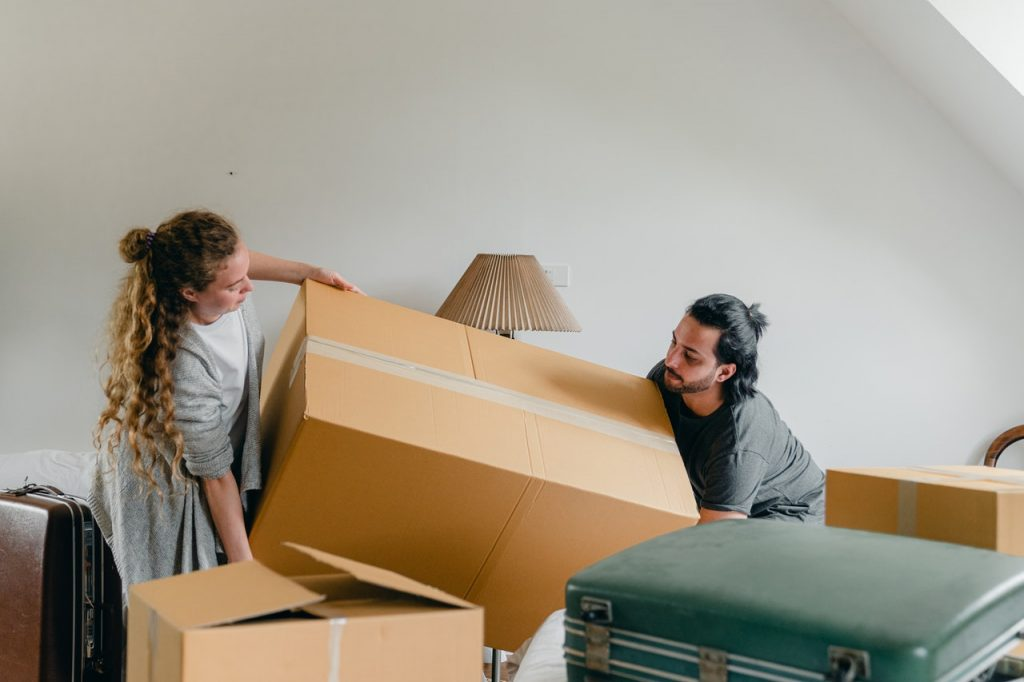local movers in Los Angeles